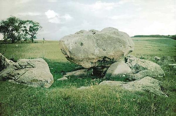 Конь-камень в Тульской области