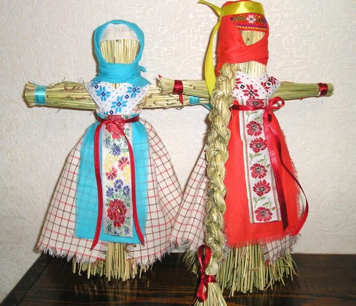 Кукла-стригушка или танцующая кукла