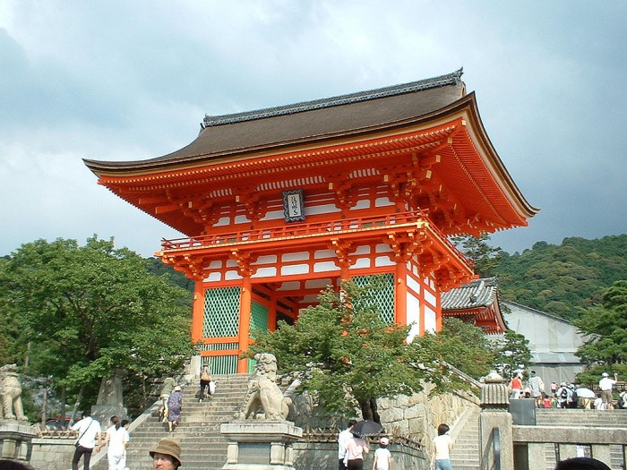 Киемидзу-Дэра в Киото, Храм Чистой Воды